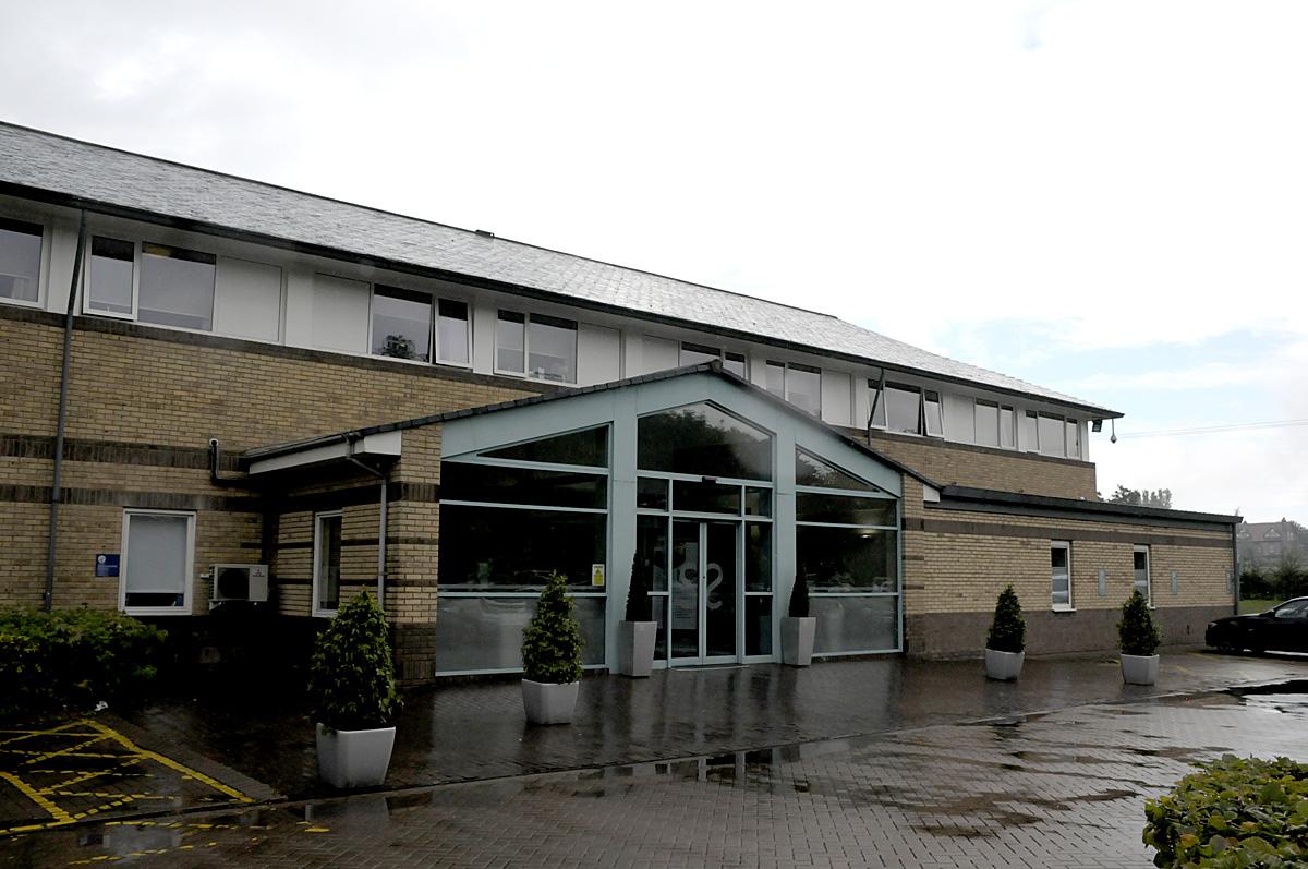 Hospital Medicine Cabinet Practitioner Struck Off For Stealing Drugs From Hospital Medicine